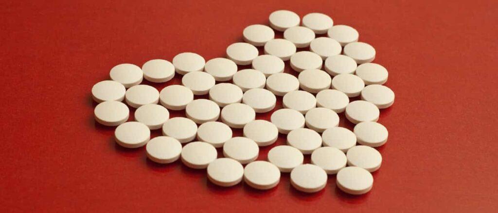 Aç Karnına Aspirin İçmenin Zararları
